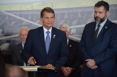 Lado brasileño de Itaipú reducirá gastos
