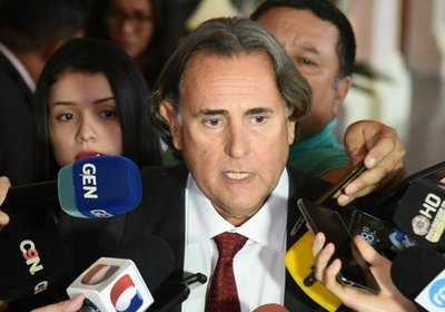 El presidente resta importancia a la visita de José Ortiz