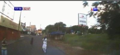 Secuestran furgón de turistas en Foz Do Iguazú