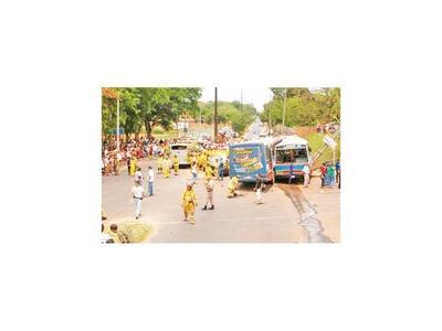 Indemnizan   a víctimas de choque de buses chatarra
