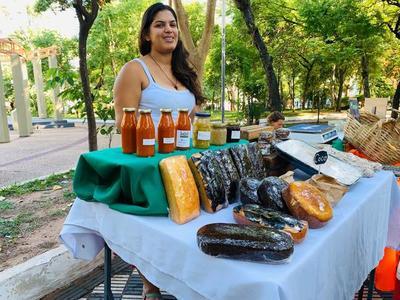 Feria de la Red Agroecológica se realiza en la Plaza Italia