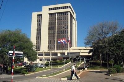 Tres gobernaciones y 55 municipios del país no rindieron cuenta sobre uso de Fonacide