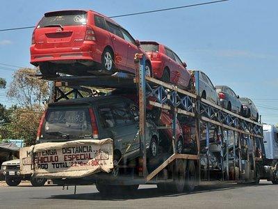 Los autos más viejos siguen liderando las importaciones