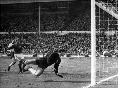 "Muere el portero que encajó el famoso ""gol de Wembley"""