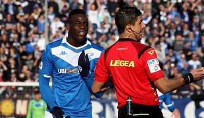 Balotelli, nuevamente víctima de racismo en Italia