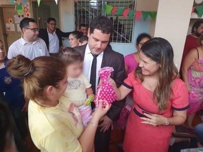 Niños y niñas del Buen Pastor recibieron obsequios y jugaron en el día de Reyes