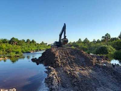 Alto Paraguay: avanza habilitación de caminos por tramos