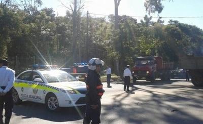 Municipalidad de Asunción advierte que multa no se paga al agente de PMT