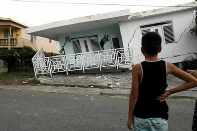 Suspenden las labores de los funcionarios en Puerto Rico por el terremoto