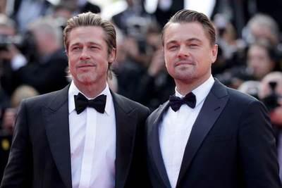 ¡Se pasó! La broma de Brad Pitt a Leo DiCaprio en pleno discurso