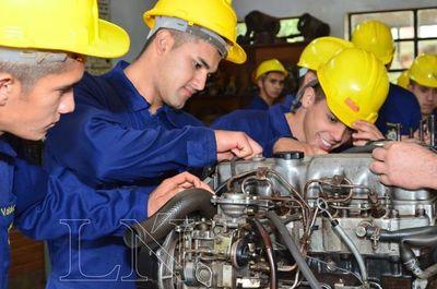 Fundación Cepprocal ofrece carreras técnicas