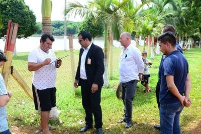 CDE: Municipio intima a ocupantes a despejar la costanera