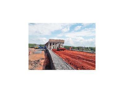 Avanzan obras de viaducto y mejoramiento de ruta PY03