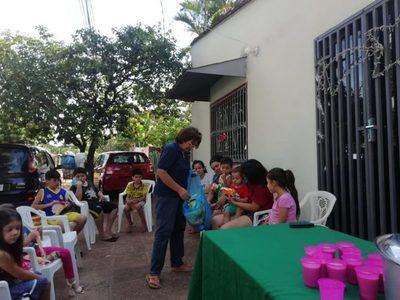 Comisión vecinal de Lucerito agasajó a niños por Reyes