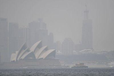 Australia pide a sus habitantes que huyan de los incendios antes de otra ola de calor