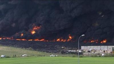 Militares urgen a los habitantes a evacuar sus casas ante nuevos virulentos incendios en Australia