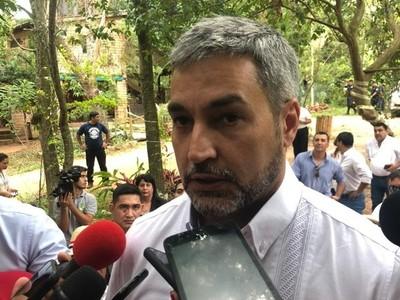 Se garantiza atención médica: 'la ley hay que aplicar, pero hay que ser flexibles con los usuarios del IPS', afirma Mario Abdo