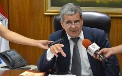 """HOY / IPS desmiente """"reculada"""" y reitera que más de 22.000 beneficiarios siguen excluidos"""