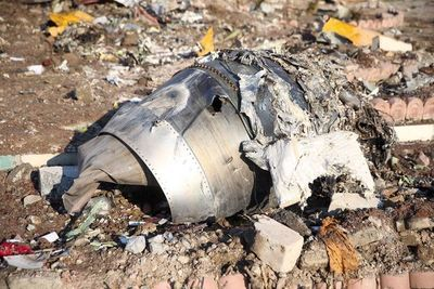 """Video """"verificado"""" demuestra que un misil impacta con el avión ucraniano en Irán"""