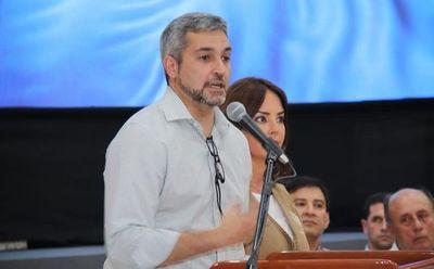 "Abdo dice que pidió ""mayor flexibilidad"" a titular de IPS, pero medida sigue firme"