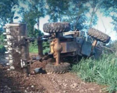 Joven muere aplastado por tractor en Amambay