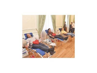 Presidente y ministros donaron sangre