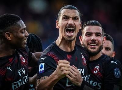 Zlatan anota el primer gol de su regreso al Milan