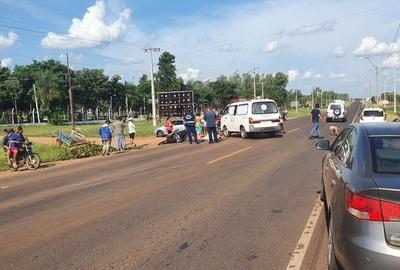 Motociclista muere al chocar contra un carrito