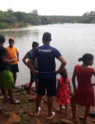 Dos menores desaparecen en aguas del río Monday en Presidente Franco