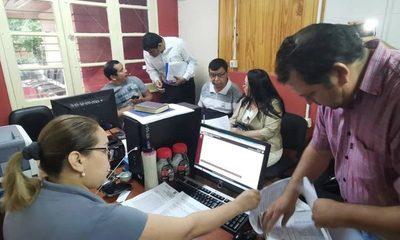 Concejales denuncian al intendente Rubén Rojas ante la Fiscalía