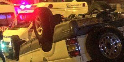 Vuelco de vehículo en Acahay termina en tragedia
