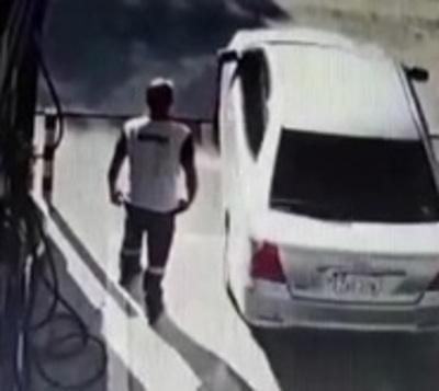 Huyó sin pagar por el combustible que cargó