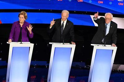 Biden y Sanders chocan sobre política exterior en último debate antes de primarias en EE.UU.