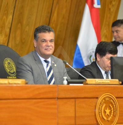 Diputado Acevedo pide informe sobre UTI de PJC