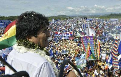Evo Morales busca su cuarta reelección con las encuestas en contra