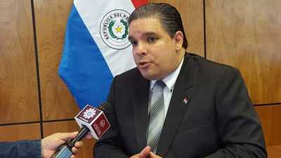 """López Arce: """"Presenté mi renuncia indeclinable y es casi seguro que me voy a la gobernación de Central"""""""