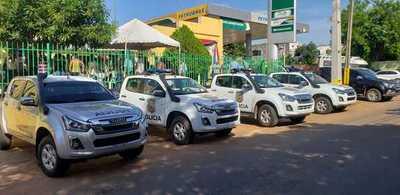 Ministro habilita sede de Identificaciones en Horqueta y entrega patrulleras