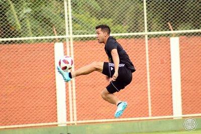 Néstor Camacho se mostró feliz por la llegada de Chiqui a Cerro Porteño