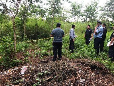 Hallan cuerpos de cuatro personas asesinadas en un terreno baldío