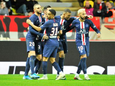 PSG sigue al frente luego de golear al Mónaco