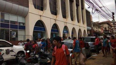 Indígenas protestaron por incumplimiento del INDI y MAG