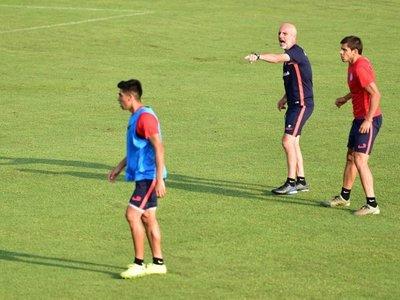 Los Romero abandonan molestos la práctica de San Lorenzo