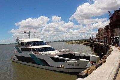 A días de estreno Ferry del Chaco presenta suspende viajes por desperfecto