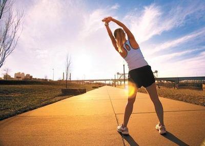 El ejercicio da más felicidad que el dinero, según estudio