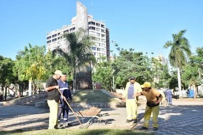 Presentan proyecto de declaración que insta a enrejar más plazas de Asunción