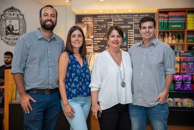 Exclusiva charla en Café Martínez