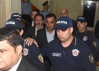 Exfiscal general tiene permiso para salir a trabajar: 'Es una decisión judicial', dicen