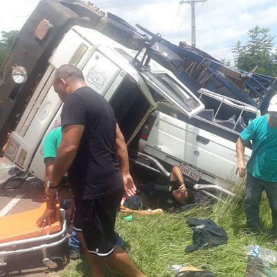 Accidente con camión de la Montada en la ruta Nueva Colombia