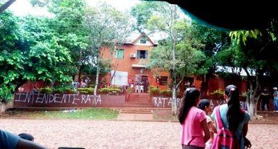 Jóvenes abandonaron sede comunal de Mayor Otaño, con intermediación de Fiscalía