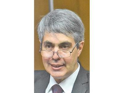 La ANDE debe preparar el escenario, afirma Pedro Ferreira